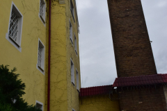 Budynek zakładu oraz wieża